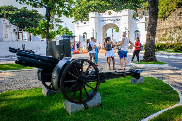 free-walking-tour-rio-de-janeiro-copacabana-and-ipanema
