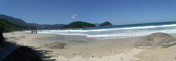 praia-do-caixa-d'aco-trindade