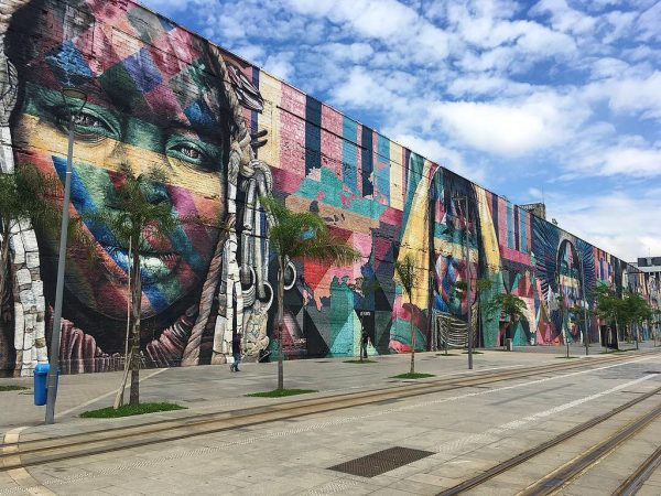 Mural das Etnias –  O maior grafite do mundo no Rio de Janeiro