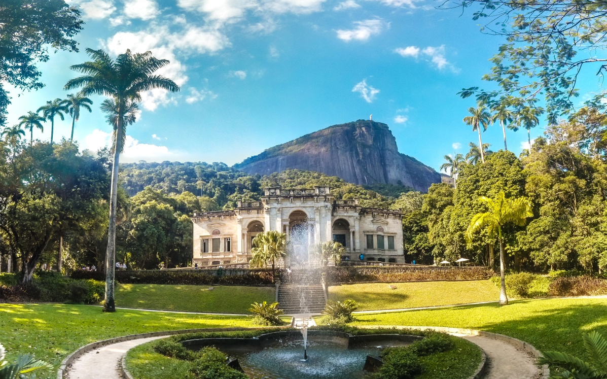 PARQUE LAGE - A PALACE AND MANY SECRETS AT THE FOOT OF CHRIST THE REDEEMER  - Free Walker Tours